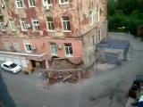Жилой дом рухнул на глазах. Владивосток. 2011.